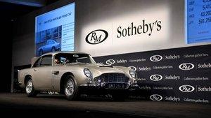 Aston Martin DB5 de James Bond.