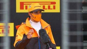 Carlos Sainz continua con paso firme en el Mundial