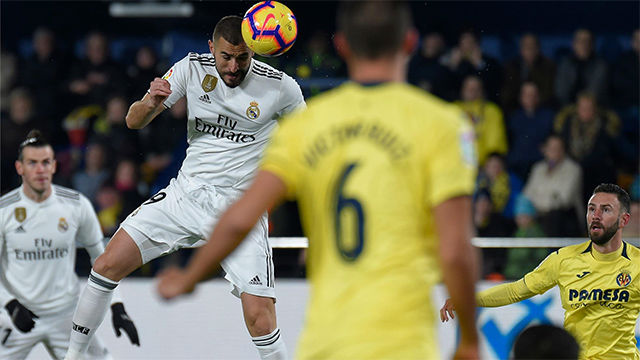 La defensa del Villarreal regaló el gol del empate a Benzema