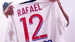 Las primeras horas de Rafinha como jugador del PSG