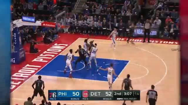 Los 76ers se imponen a los Pistons