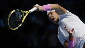 Nadal lo intentó pero Zverev fue muy superior en el primer partido de las Finales ATP