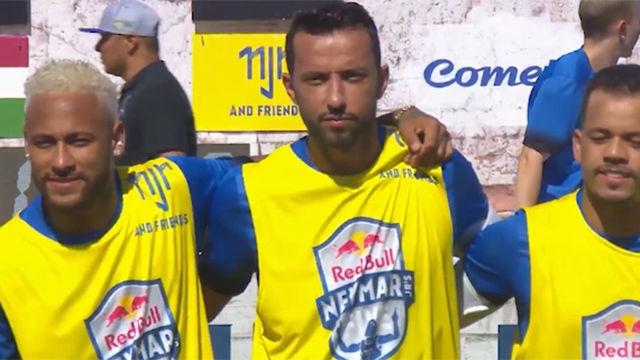 Neymar participa en las finales del Red Bull Neymar Jr Five