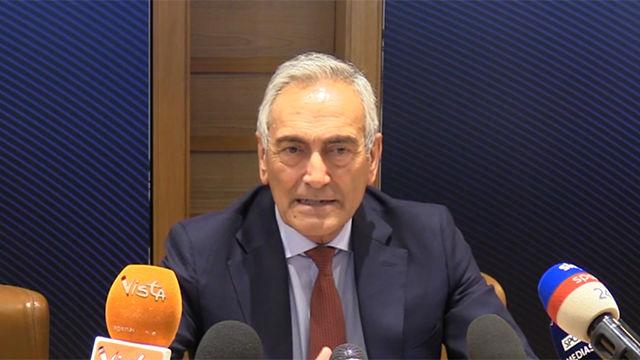 El presidente de la Federación Italiana adelanta que el fútbol será a puerta cerrada