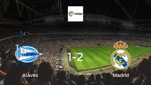 Real Madrid cruise to a 1-2 victory vs. Alavés at Estadio de Mendizorroza