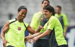 Ronaldinho, uno de los cracks que ha felicitado a Messi por sus 29 años
