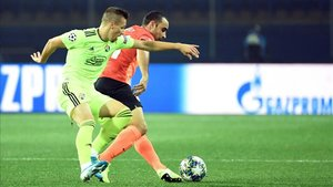xortunodinamo zagreb s croatian midfielder mislav orsic a191022204402