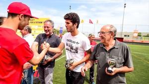 Aleñà repartió los trofeos en el Enfutbolat