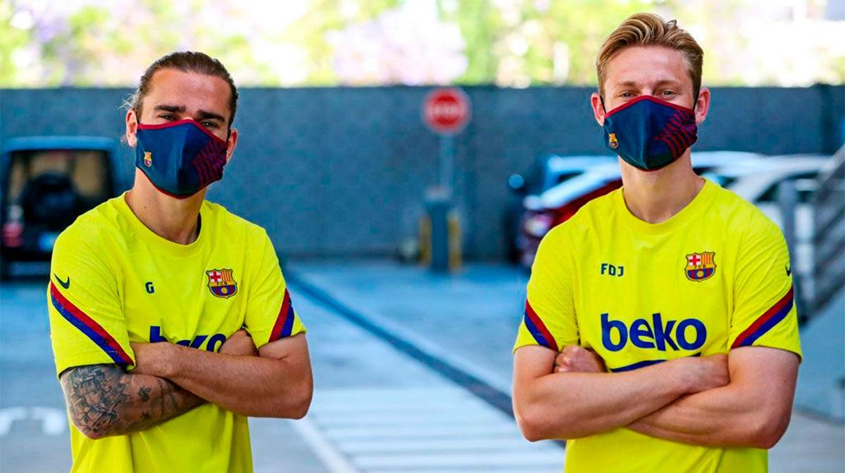 Así han estrenado los jugadores las nuevas mascarillas del Barça