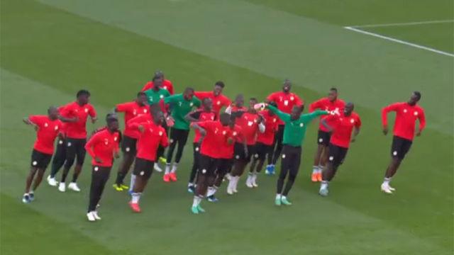 El baile que demuestra cómo se divierte Senegal en Rusia