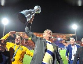 Bauza ganó un título con Rosario