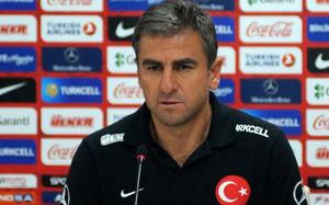 Hamzaoglu sustituirá a Prandelli, que dimitió tras cuatro meses al frente del equipo
