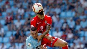 Iago Aspas y Mario Hermoso volverán a verse las caras, esta vez en el RCDE Stadium.