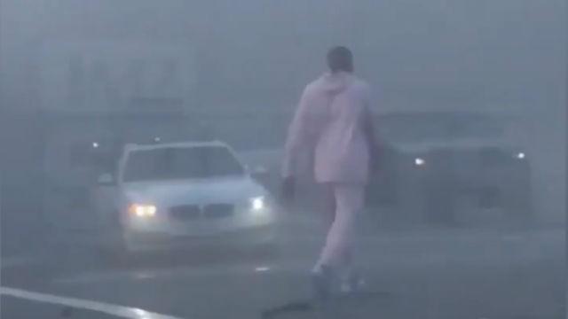 ¡Increíble! Kobe Bryant ayudó tras este accidente de tráfico en California