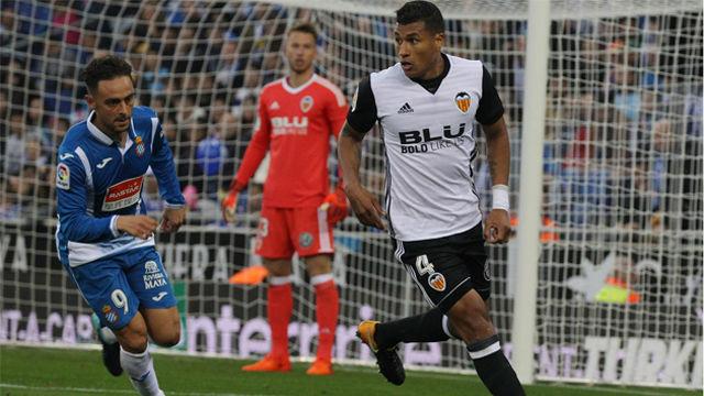Jeison Murillo podría llegar en enero al Barça