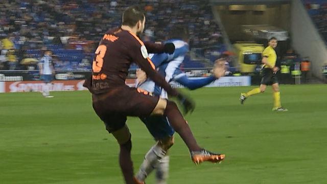 LALIGA | Espanyol - Barça (1-1): La brutal entrada de Gerard Moreno a Piqué