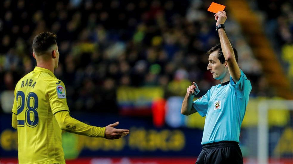 LALIGA | Villarreal - FC Barcelona (0-2): La expulsión de Dani Raba
