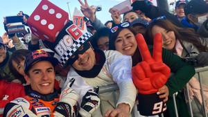 Marc Márquez, con sus fans japoneses