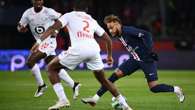 Neymar a lo suyo: Regate de tacón para verlo en bucle ante el Lille