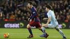 Planas persigue a Messi en su última aparición en el Camp Nou con la camiseta del Celta