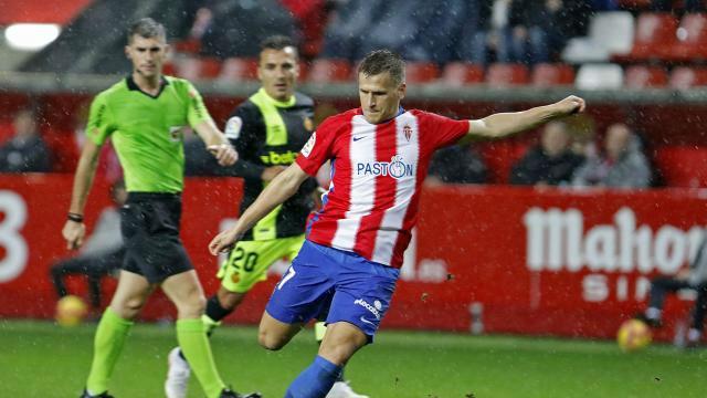 El Sporting se impuso al Mallorca por la mínima