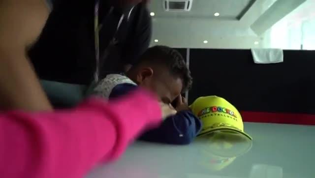 Vídeo niño llora Rossi (niño 2)