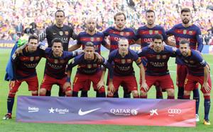 La alineación inicial del FC Barcelona en el partido de la Liga BBVA 2015/16 en el Camp Nou contra el Atlético de Madrid