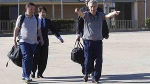 Ángel María Villar a su salida de la prisión