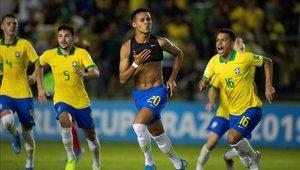 Brasil remontó un intenso partido y clasificó a la final del Mundial Sub 17