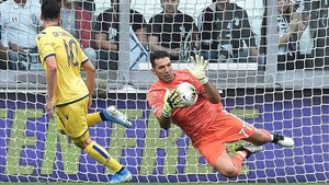 Buffon disputó ante el Hellas Verona su primer partido de esta temporada
