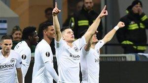 El Eintracht se lo toma con calma con Jovic