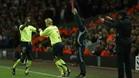 Gudjohnsen entró por Thuram y marcó el 0-1 en Anfield