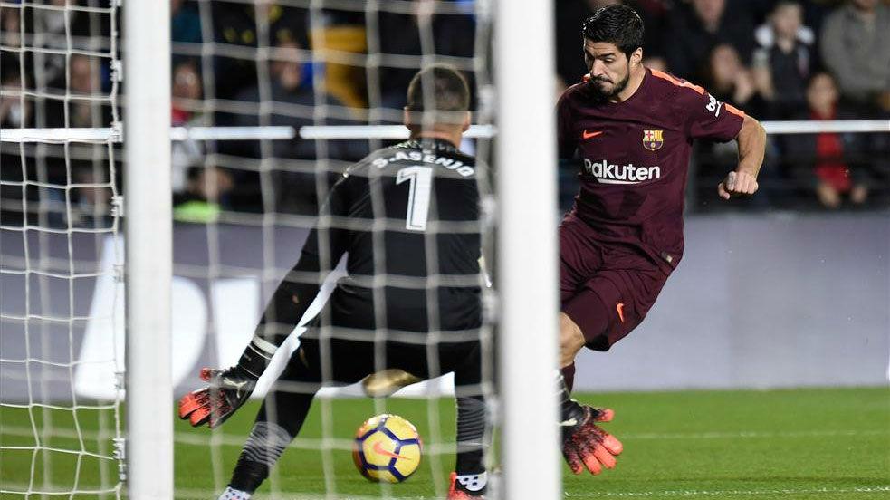 LALIGA | Villarreal - FC Barcelona (0-2): El gol de Luis Suárez