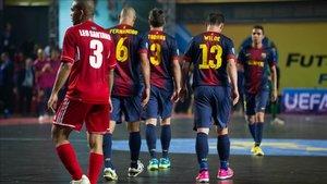 Leo Santana, con el Kairat frente al Barça en la semifinal de 2013
