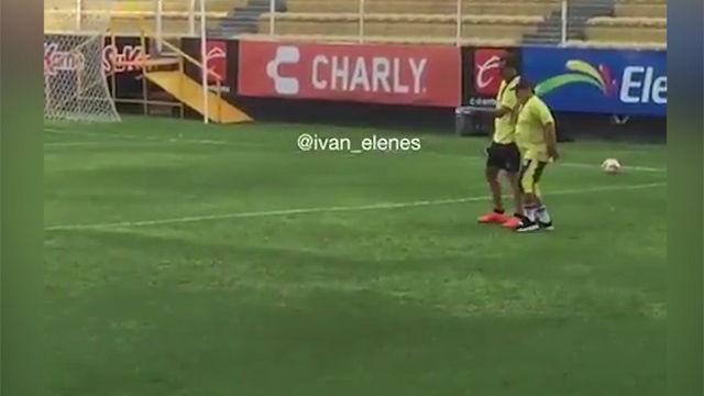 ¿Maradona no puede caminar? El vídeo que demuestra que algo le pasa