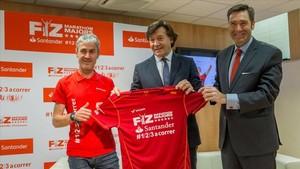 Martín Fiz recibió el apoyo del Consejo Superior de Deportes y el Banco Santander