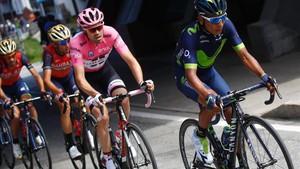 Nairo Quintana no pudo distanciar a Dumoulin