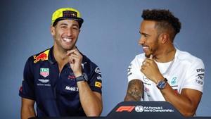 La relación entre Ricciardo y Hamilton es exquisita