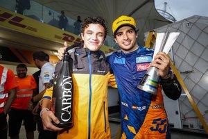 Sainz y Norris celebraron el podio del madrileño en Brasil