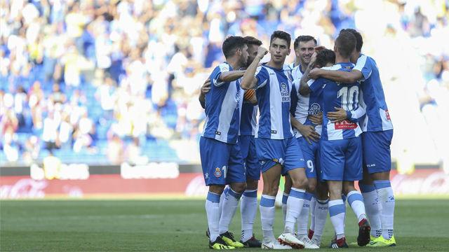 Sergio García marca la diferencia ante el Levante y el Espanyol gana