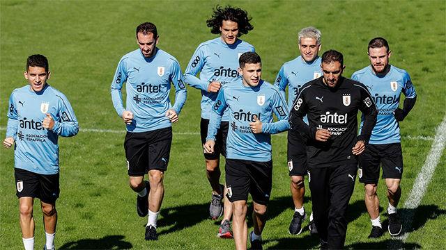 Uruguay se prepara para enfrentarse a Perú