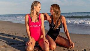 Yolanda Cardona y Elsa Anka posan para SportStyle en la playa de Gavà