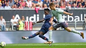 El Bayern saldó con justa victoria el primer compromiso con Niko Kovac en el banquillo