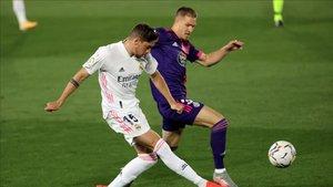 Fede Valverde, en una acción del partido de Liga ante el Valladolid (1-0)