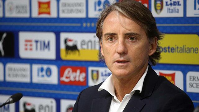 Mancini: Los pitos a Bonucci están fuera de lugar