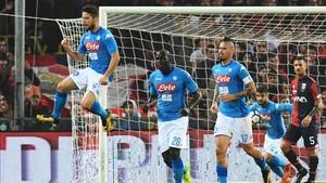 Mertens marcó por partida doble en Génova