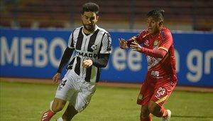 Sport Huancay y Montevideo Wanderers empataron en Perú