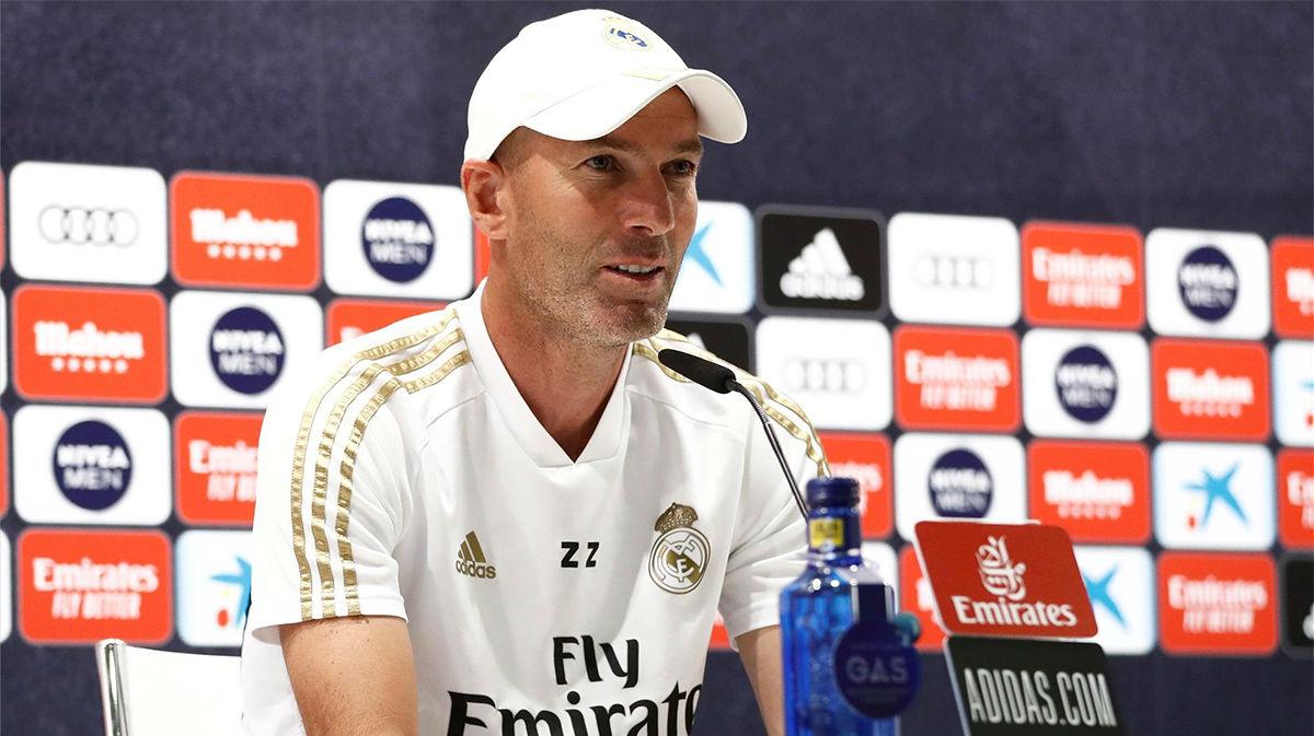 Zidane no responde a Bale ni pide refuerzos en su plantilla