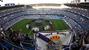 La afición del Real Madrid celebró la Champions en el Bernabéu