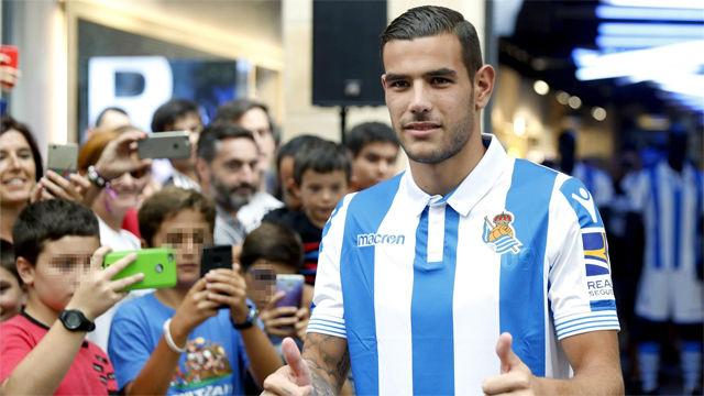 Así fue la presentación deTheo Hernández como nuevo jugador de la Real Sociedad